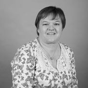 Mrs V Roberts - Teaching Assistant - Year 2